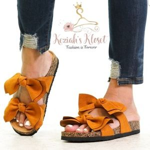 NEW Bow Accent Summer Sandals